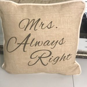 ⭐️host pick⭐️NWT Mrs. Always Right 12 X 12 pillow